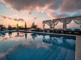 吉尔里城堡酒店