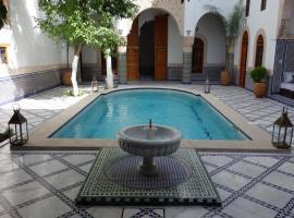 里亚德沙巴酒店