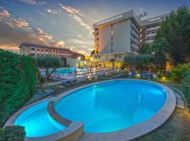莎沃雅温泉浴场酒店