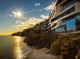 纳维斯设计酒店, 奥帕提亚