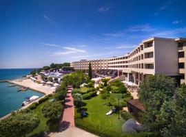 伊斯特拉岛酒店