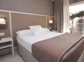 仲夏森图里昂海滩酒店