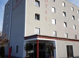 奥瓦尔酒店