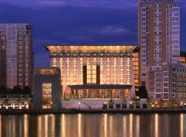 加那利滨江广场酒店