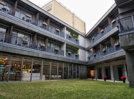 Y旅舍,位于香港浅水湾附近的酒店