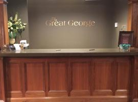 伟大的乔治酒店, 夏洛特顿