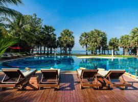 拉文达海滩度假酒店