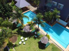 瓦努阿图椰子棕榈度假酒店