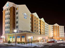 新泽西州梅多兰兹东拉瑟福德希尔顿惠庭套房酒店