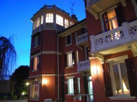 卡拉扎罗尼酒店, Gozzano
