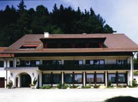 克隆瓦尔德步格酒店