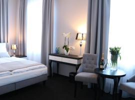 卡西诺别墅酒店, 斯拉百斯