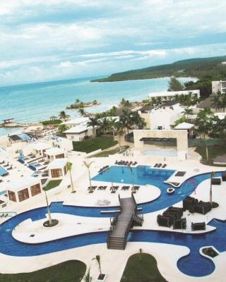 美仑蓝海全包酒店