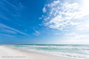 Best Gulf-Front Beach View in Destin!