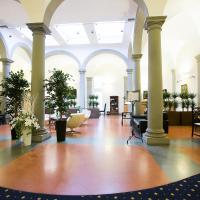 瑞莱斯中心时代酒店