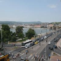 壮丽多瑙河全景公寓