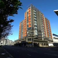 Glasgow Central River Apartment with Parking