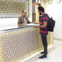 Hotel Sunshine Inn, Airport
