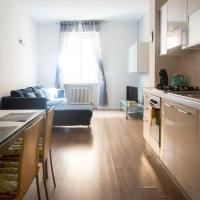 Leoncino Apartment 2