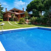 Sant Vicenc de Montalt Villa Sleeps 10 Pool WiFi