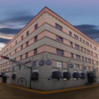 HOTEL RITZ,位于马塔莫罗斯的酒店