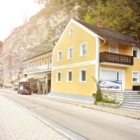 Ferienwohnung zum Donaublick,位于凯尔海姆的酒店