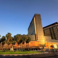 迪拜古赖尔瑞士酒店,位于迪拜的酒店