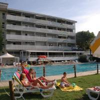 阿尔巴托斯公寓酒店