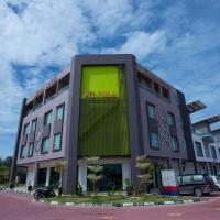 SDN BHD阿罗哈酒店,位于小笨珍的酒店