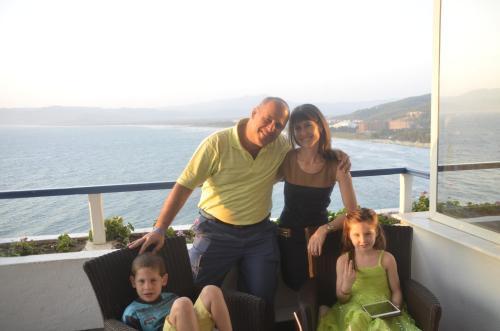 Richard, Heidi, Hannah and Max (our family)