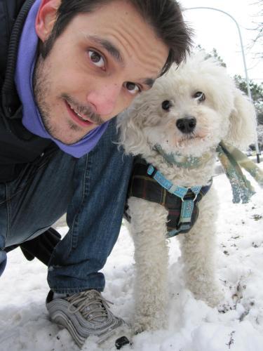 Valerio ed il suo cagnolino Rocky, mascotte di Suite Argentina